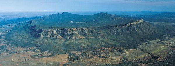 Flinders Ranges - South Australia Book by famous Australian photographer Pete Dobre - Page 35