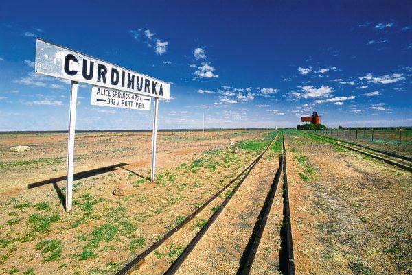 The Strzelecki Birdsville Oodnadatta Tracks in Outback Australia Pete Dobre Book